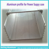 Extrusion en aluminium/en aluminium de profil pour le cas d'alimentation d'énergie