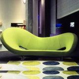 Habitación de lujo estilo Inicio Diseño de muebles de estar suave sofá de la tela con el metal de la pierna