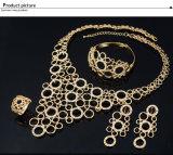 Новое ретро ожерелье заявления вспомогательного оборудования установило комплект ювелирных изделий способа 4 PCS кристаллический