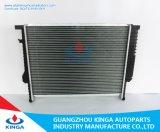 Leistungsfähiger abkühlender Aluminiumselbstkühler für BMW 3e36/325td 90-99 Mt