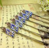 Note de livre en métal de forme de fleur