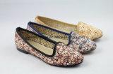 مسطّحة ونساء باردة أحذية مثير مع [برثبل] مجموع نبات فرعة حذاء