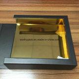 Het gouden Document Met een laag bedekte Vakje van de Gift van het Venster voor Juwelen en de Verpakking van het Horloge