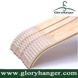 Rivestimento naturale di legno laminato durevole dei ganci di vestiti con le bande antisdrucciolevoli molli