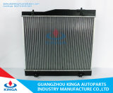 Fábrica de radiador para Toyota Hiace 05 em