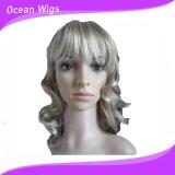 Le parrucche sintetiche delle donne mettono le parrucche in cortocircuito bionde con le parrucche poco costose alto Qualtiy di stile di scoppi delle parrucche naturali piene ondulate dei capelli