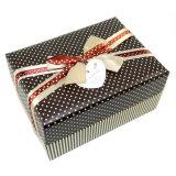 Nuevo rectángulo de regalo del papel del diseño con el arqueamiento para el lazo y la etiqueta