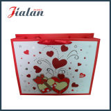 Personalizar o saco de papel do presente da compra do dia do Valentim vermelho do coração 3D