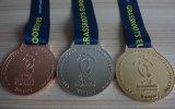 ハンガリーの子供のフットボールヨーロッパクラブ金の銀の銅メダル