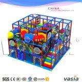 Binnen Speelplaats voor de Goede Kwaliteit van het Handelscentrum voor Kinderen 04-12 Jaar