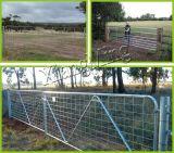 田園ゲートの農場のゲートのヒンジによって電流を通される農場のゲート