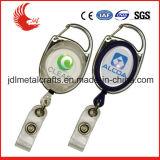 Precio bajo personalizado Keychain plástico retractable del diseño