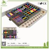 自由なデザイントランポリン公園の中国の専門の製造