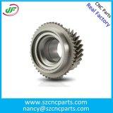 自動車部品、回転部品、CNCは精密機械化のハードウェアの予備品を機械で造った