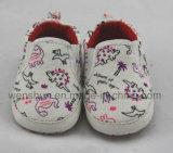 簡単、クラシック赤ん坊靴Ws1004を設計する