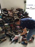Grosse Größe mit preiswerter Preis verwendeten Schuhen für Afrika-Markt