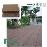Plancher composé en plastique en bois durable et imperméable à l'eau bon marché de WPC