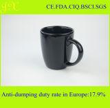 China-Fabrik-Großverkauf-Glasur-keramischer Becher mit Griff für Kaffee