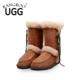 Шикарные СРЕДНИЕ ботинки снежка овчины зимы икры для повелительниц в каштане