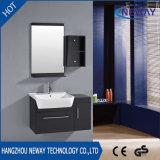 Amerikanischer Entwurfs-hölzerne kommerzielle kundenspezifische Badezimmer-Eitelkeit