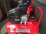 50Lは運転されるピストンが付いている空気圧縮機を指示する