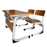 二重School DeskおよびChair