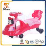Carro de venda quente do balanço do bebê com corda puxando de China