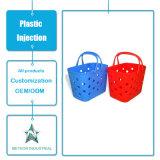 中国の製造業者によってカスタマイズされるプラスチック注入の世帯の台所用品のプラスチックバスケットの鋳造物