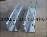 Stahlkanal HDG-C mit Löchern