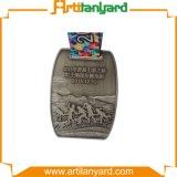 Le modèle de propriétaire folâtre la médaille en métal