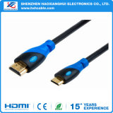 Chapeamento niquelar HDMI ao cabo de HDMI