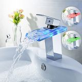 Robinet en verre romantique de bassin de bassin de taraud de cascade à écriture ligne par ligne de RVB dans la cuisine de salle de bains