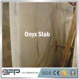 熱い販売の壁のタイルのための磨かれた白い大理石のオニックスの平板