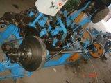 Arame farpado usado que faz a máquina para a venda