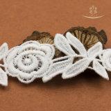 ローズの花のウェディングドレスのレースファブリック綿のナイロンレース