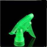 Pulvérisateur de déverouillage vert PP pour différentes bouteilles de stypes Ts-06
