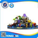 Im Freienspaß-Geräten-Spielzeug-Plastik