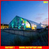 Baldacchino esterno del magazzino delle tende di evento di Fabricfor della tenda a prova di fuoco di figura curva nel bianco