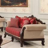 Il sofà classico del tessuto ha impostato con la presidenza classica antica della sede di amore nel telaio di legno per il salone