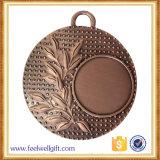 Medallas en blanco de lucha de la pieza inserta de los deportes del bronce rojo antiguo al por mayor