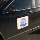 Etiqueta do ímã do corpo de carro do anúncio ao ar livre