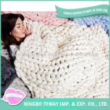 Les laines de tricotage à la main molles font du crochet la couverture acrylique de la Chine