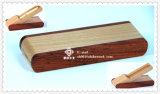 Rectángulo del papel de la oficina y rectángulo de la tarjeta de visita y arte de madera