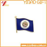 熱い販売のフラグの形の金属の記念品のバッジ(YB-LY-B-10)