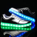 2017new LEIDENE Toevallige Schoenen met de Prijs van de Fabriek