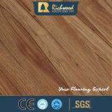 suelo de madera de madera laminado laminado del roble blanco de la textura de la nuez de 8.3m m HDF