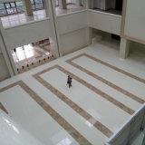 新しい緑の物質的なベージュ結晶させたガラス石造りの床タイル