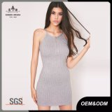 Jünger-graues mini gewelltes Reißverschluss-Strickjacke-Kleid