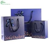 Sacs en papier de empaquetage estampés colorés avec le traitement pour le produit de beauté de vêtement/cadeau (KG-PB035)