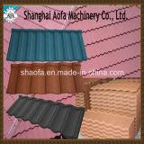 投石された上塗を施してある屋根瓦の生産ライン